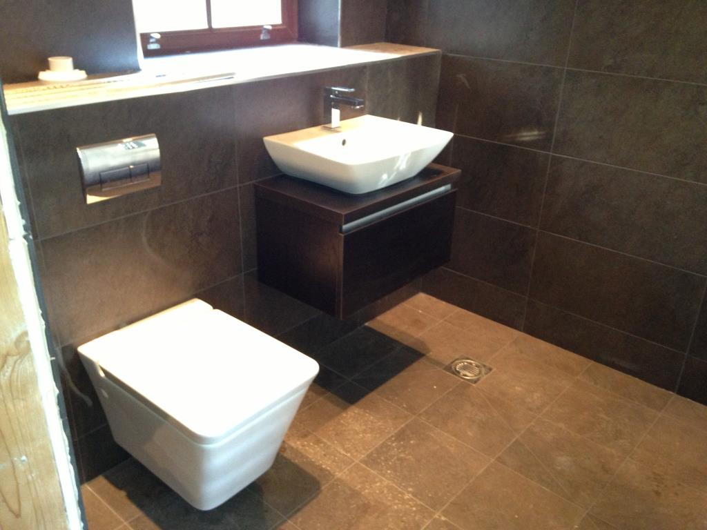 Example Fitted Bathroom #1