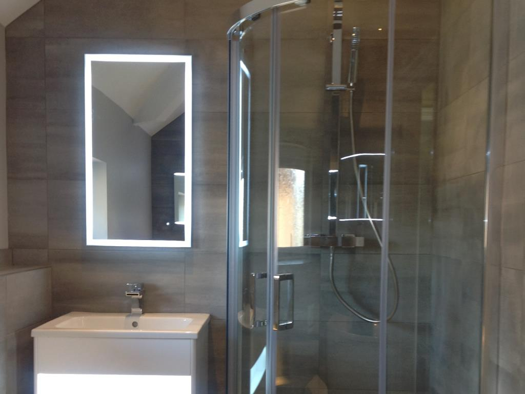 Example Fitted Bathroom #19