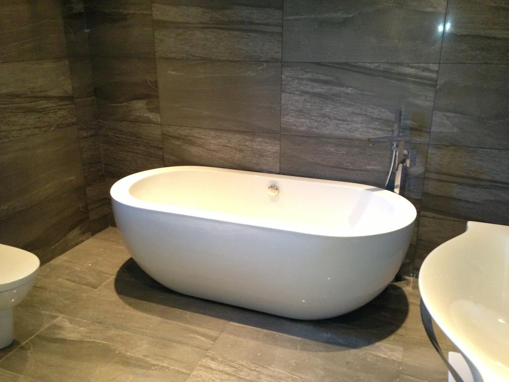 Example Fitted Bathroom #2