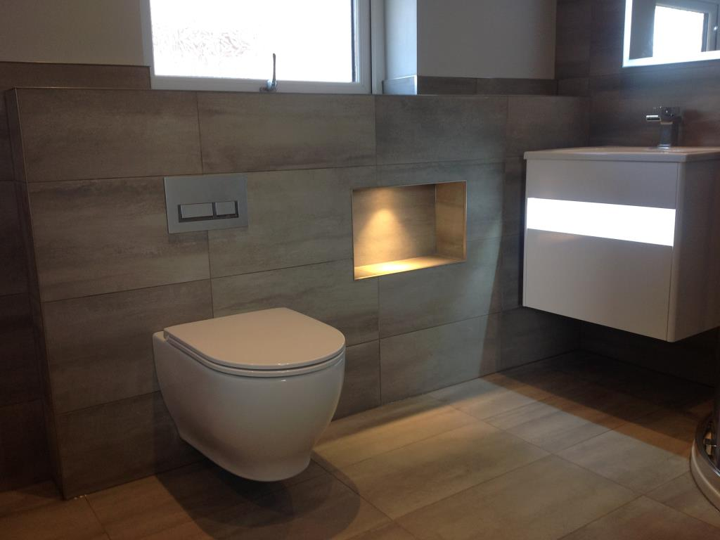 Example Fitted Bathroom #21