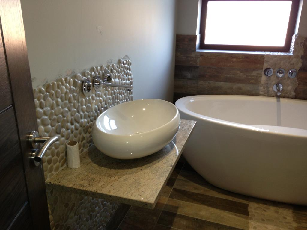 Example Fitted Bathroom #5